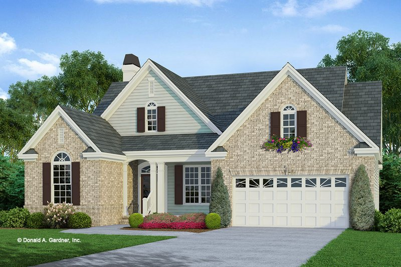 House Plan Design - Traditional Exterior - Front Elevation Plan #929-42