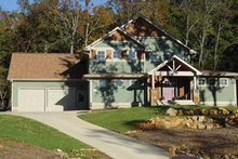 House Plan Design - Country Exterior - Front Elevation Plan #939-4