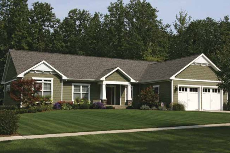 Craftsman Exterior - Front Elevation Plan #928-139 - Houseplans.com