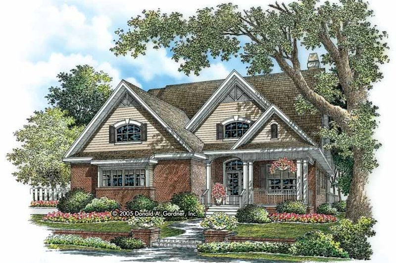 Traditional Exterior - Front Elevation Plan #929-775 - Houseplans.com