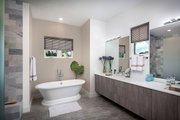 Beach Style House Plan - 4 Beds 3 Baths 2386 Sq/Ft Plan #938-83 Interior - Master Bathroom