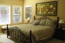 Dream House Plan - Craftsman Photo Plan #437-52