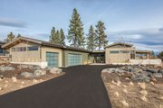 Contemporary Style House Plan - 3 Beds 3.5 Baths 2818 Sq/Ft Plan #892-22 Exterior - Front Elevation