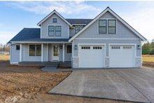 Dream House Plan - Craftsman Exterior - Front Elevation Plan #1070-70