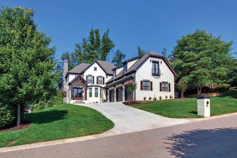 Exterior - Front Elevation Plan #927-362 - Houseplans.com