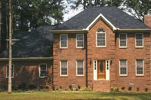 Colonial Exterior - Front Elevation Plan #30-206