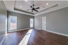 Craftsman Interior - Master Bedroom Plan #430-172
