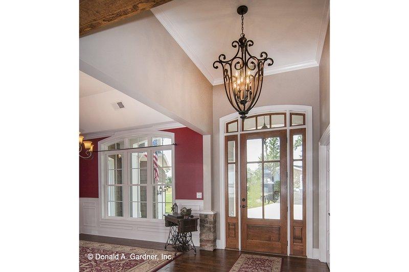 Craftsman Interior - Entry Plan #929-26 - Houseplans.com