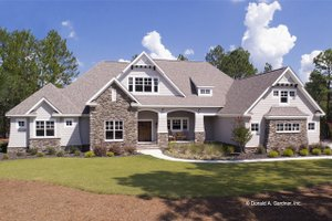 Dream House Plan - Craftsman Exterior - Front Elevation Plan #929-24