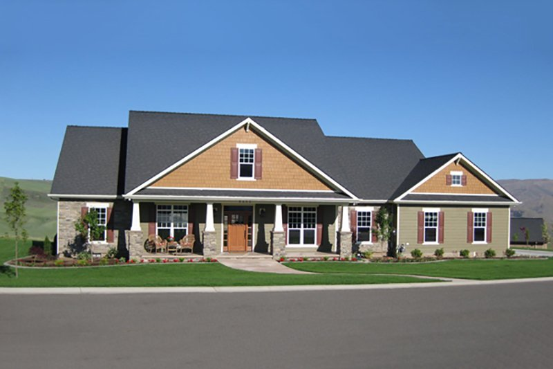Architectural House Design - Craftsman Exterior - Front Elevation Plan #21-396