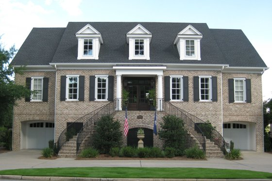 Classical Exterior - Front Elevation Plan #1054-96