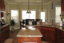 Craftsman Interior - Kitchen Plan #437-3