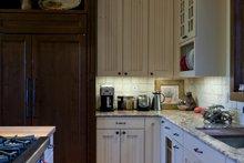 Craftsman Interior - Kitchen Plan #451-20