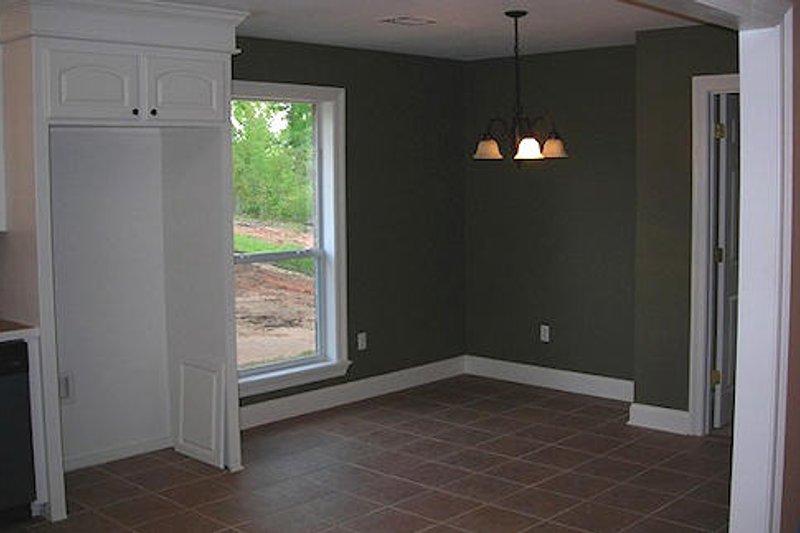Ranch Interior - Dining Room Plan #430-12 - Houseplans.com