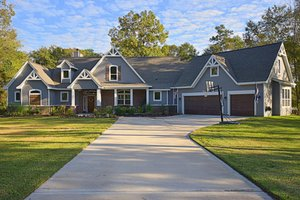 Dream House Plan - Craftsman Exterior - Front Elevation Plan #119-367