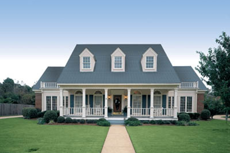 Home Plan - Southern Exterior - Front Elevation Plan #45-165
