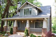 Craftsman Style House Plan - 4 Beds 3 Baths 2116 Sq/Ft Plan #461-3 Exterior - Front Elevation