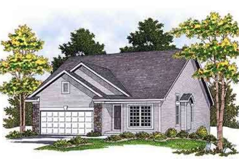 Traditional Exterior - Front Elevation Plan #70-661 - Houseplans.com