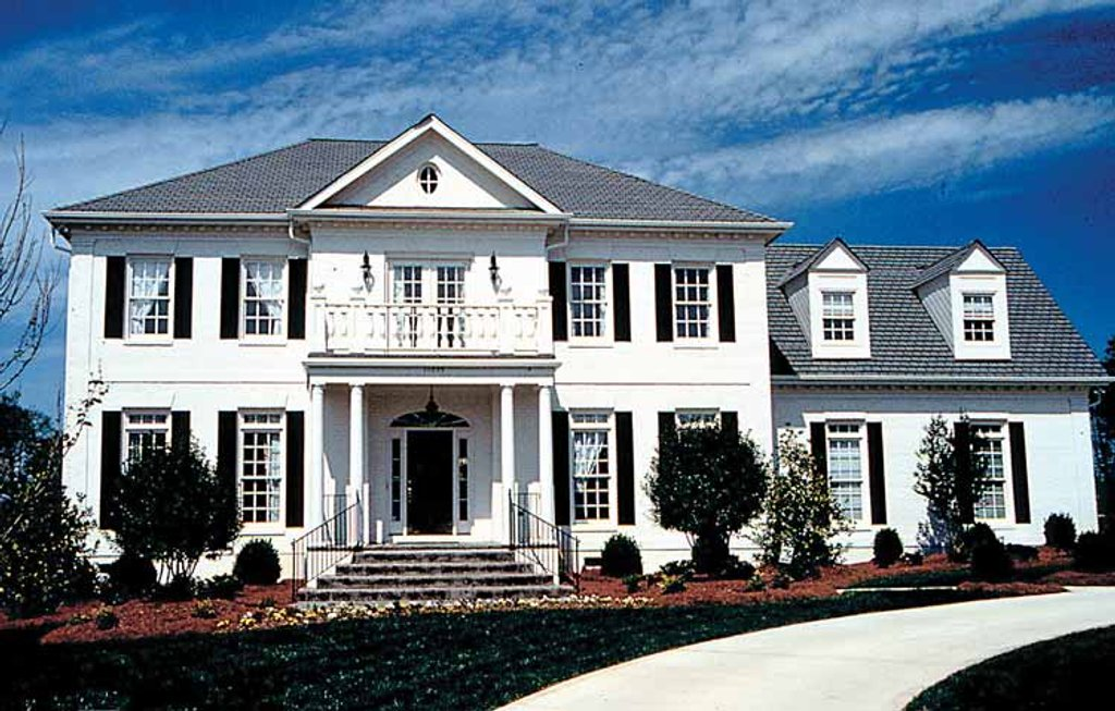 Classical Exterior Front Elevation Plan 453 164