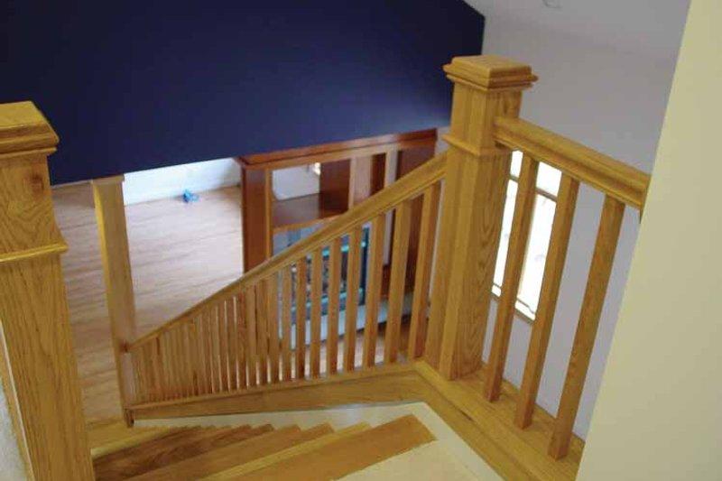 Traditional Interior - Entry Plan #939-2 - Houseplans.com
