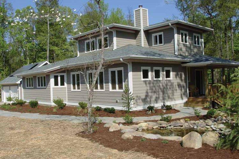 Architectural House Design - Craftsman Exterior - Front Elevation Plan #939-9