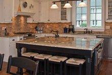 Colonial Interior - Kitchen Plan #928-220