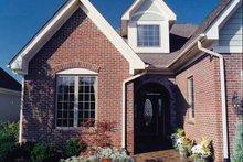 Craftsman Exterior - Front Elevation Plan #46-655