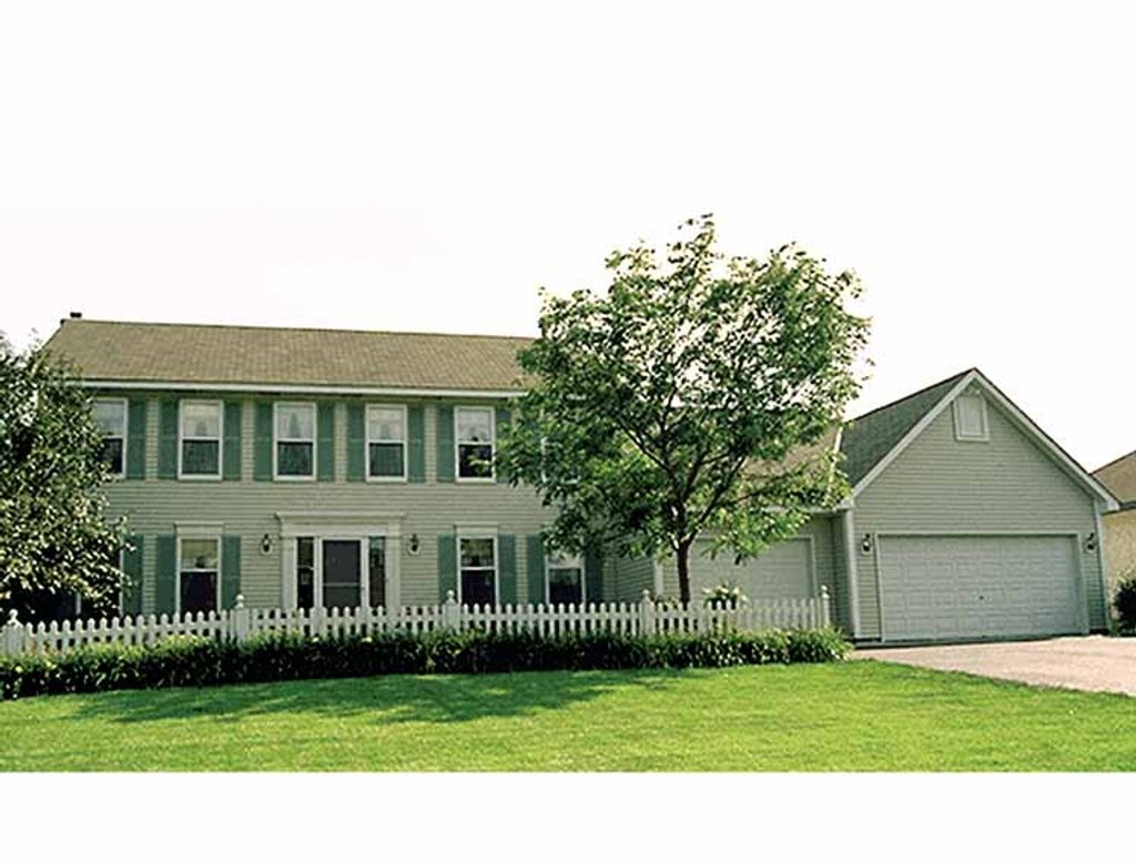 Colonial style house plan 4 beds 2 5 baths 2158 sq ft for Colonial homes magazine house plans
