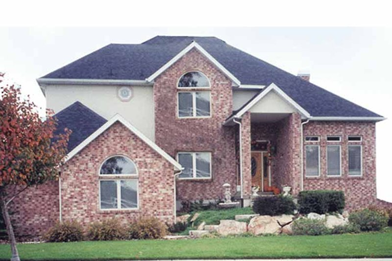 Traditional Exterior - Front Elevation Plan #945-55 - Houseplans.com