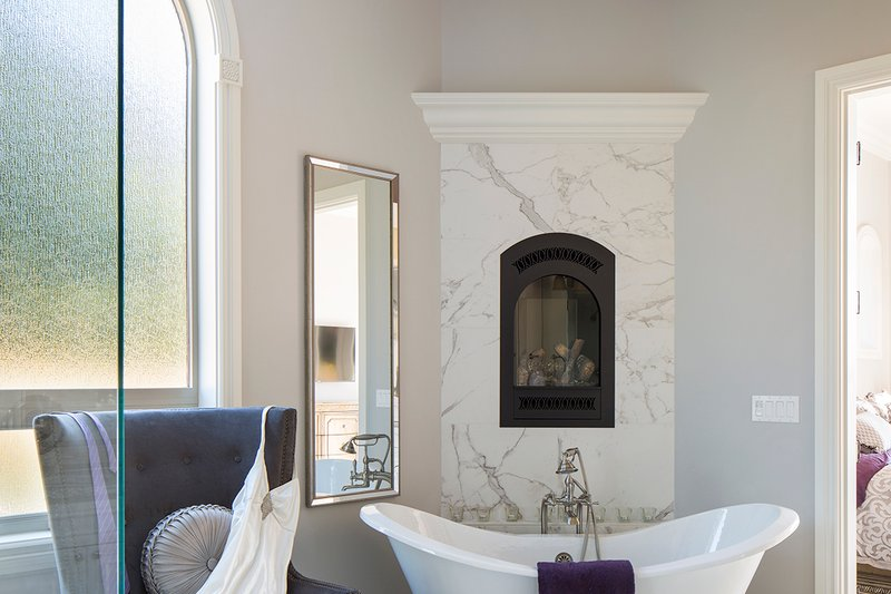 European Interior - Master Bathroom Plan #48-650 - Houseplans.com