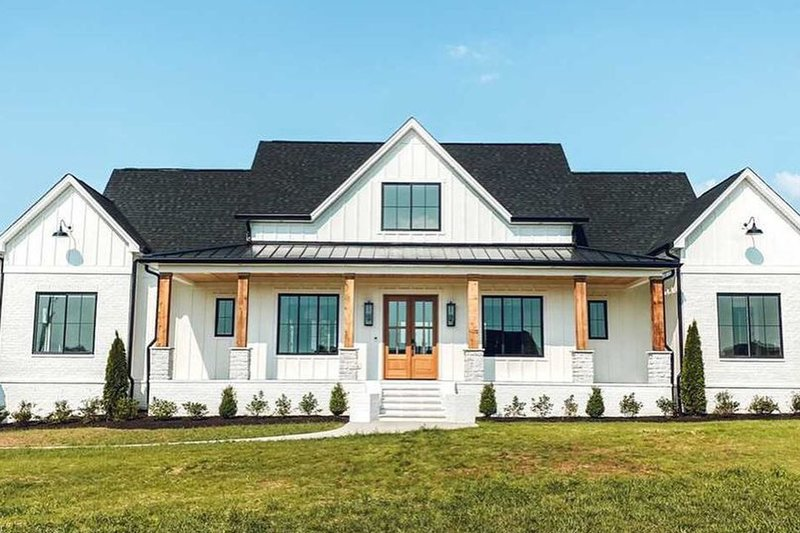 Dream House Plan - Farmhouse Photo Plan #1074-24