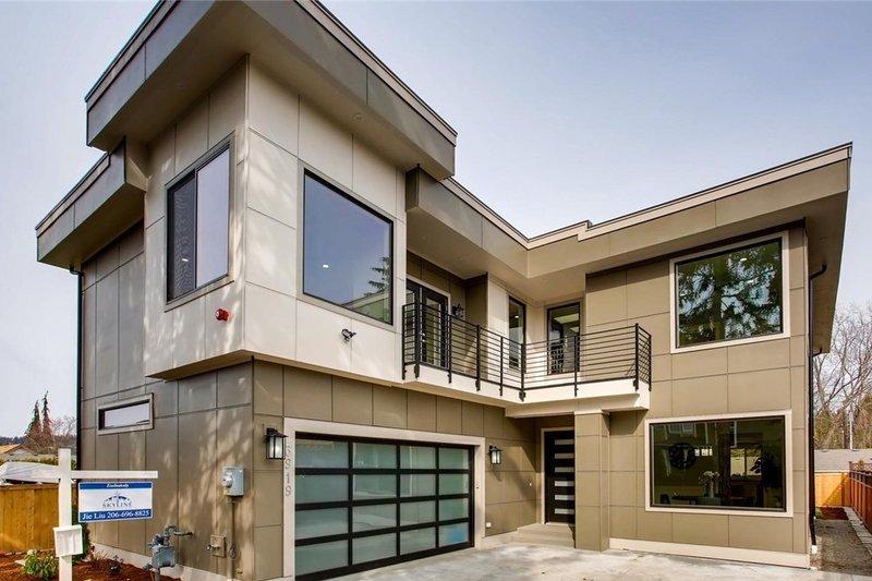 House Plan Design - European Exterior - Front Elevation Plan #1066-65