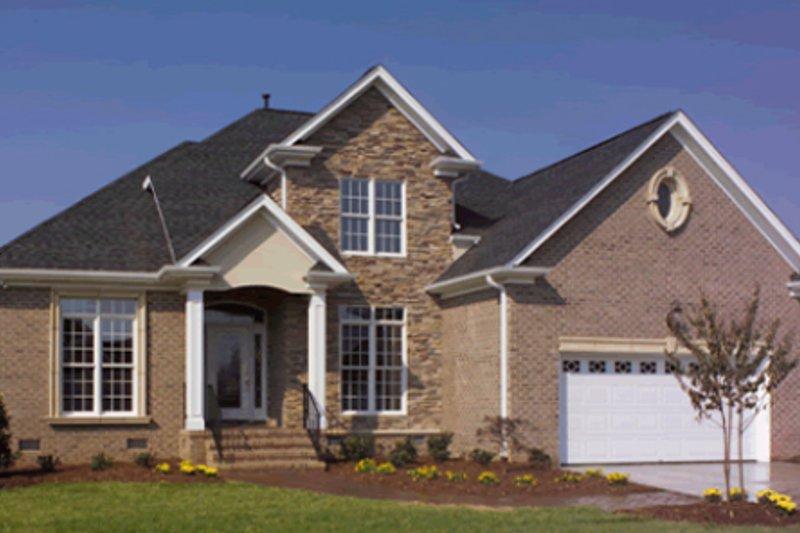 Traditional Photo Plan #20-2009 - Houseplans.com