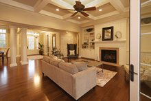 Traditional Interior - Family Room Plan #927-958