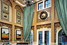 Mediterranean Interior - Family Room Plan #453-383