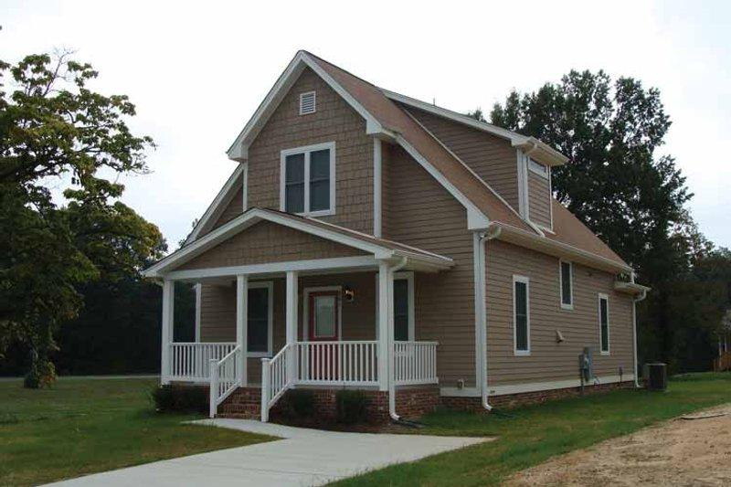 Craftsman Exterior - Front Elevation Plan #936-2 - Houseplans.com