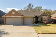 Traditional Style House Plan - 3 Beds 2 Baths 1812 Sq/Ft Plan #65-440