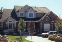 Home Plan - Traditional Exterior - Front Elevation Plan #5-211