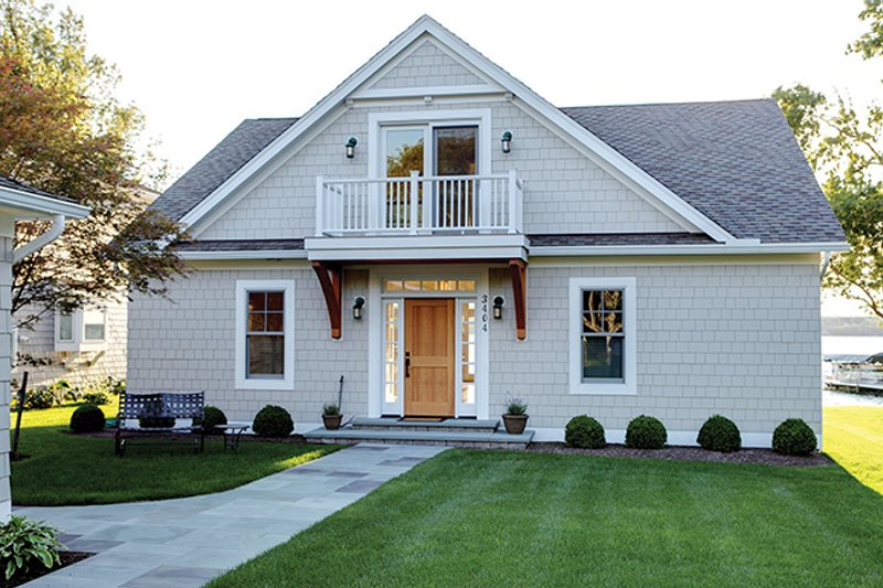 Country Exterior - Front Elevation Plan #1010-106 - Houseplans.com