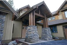 Dream House Plan - Craftsman Exterior - Front Elevation Plan #892-4