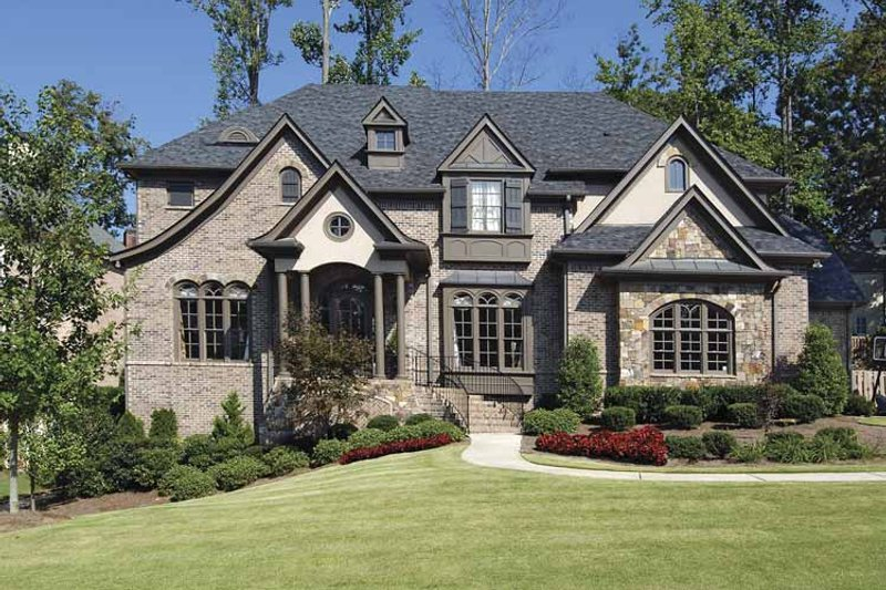 Traditional Exterior - Front Elevation Plan #54-303 - Houseplans.com
