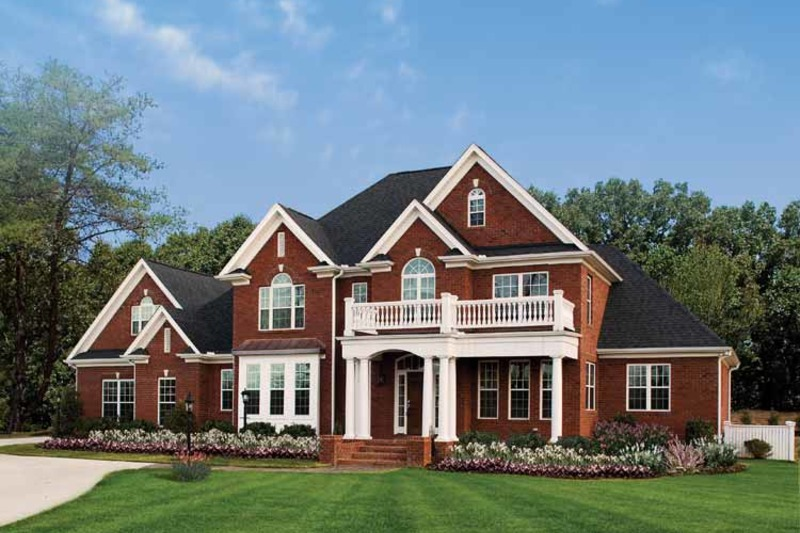 Traditional Exterior - Front Elevation Plan #929-696 - Houseplans.com