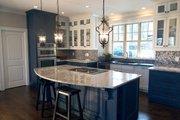 Craftsman Style House Plan - 3 Beds 2.5 Baths 2666 Sq/Ft Plan #119-366 Interior - Kitchen
