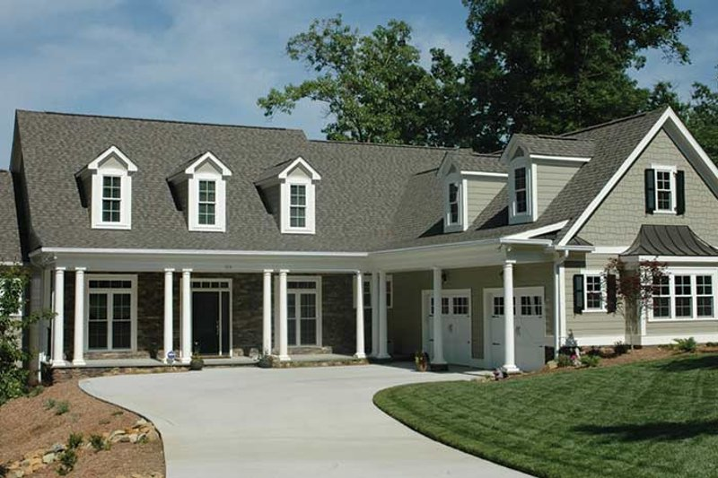 Country Exterior - Front Elevation Plan #927-402 - Houseplans.com