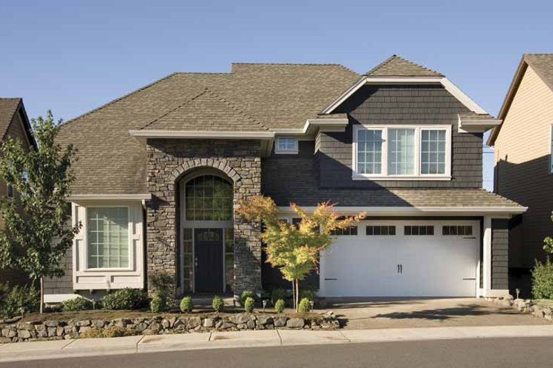 Traditional Exterior - Front Elevation Plan #48-815 - Houseplans.com