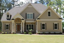 Colonial Exterior - Front Elevation Plan #927-407