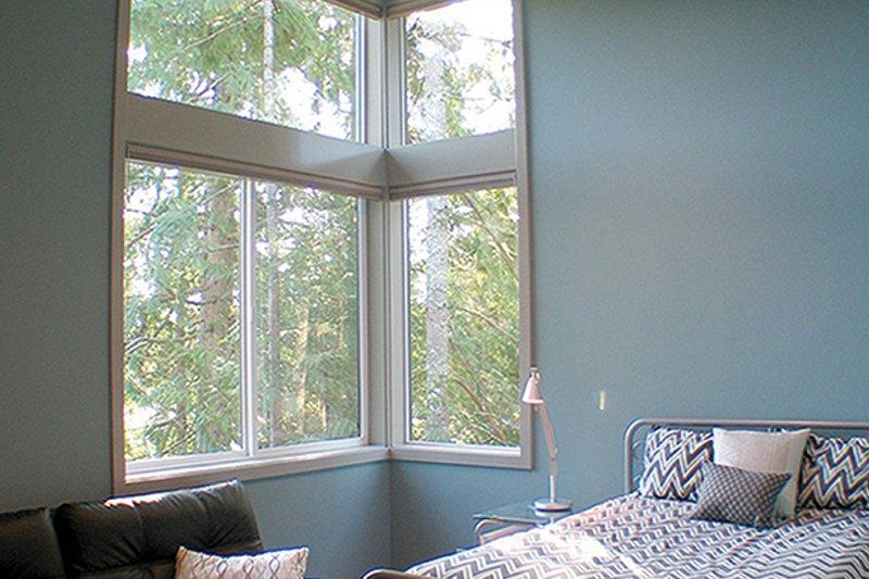 Contemporary Interior - Bedroom Plan #132-563 - Houseplans.com