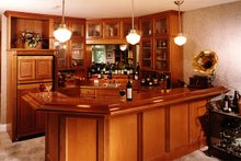 LL Family Room Wet Bar