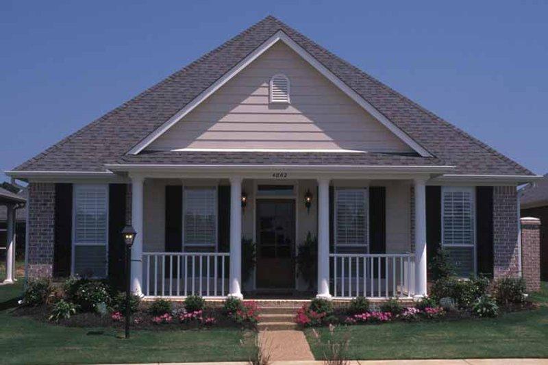 Classical Exterior - Front Elevation Plan #17-3143 - Houseplans.com