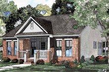 House Plan Design - Craftsman Exterior - Front Elevation Plan #17-3085